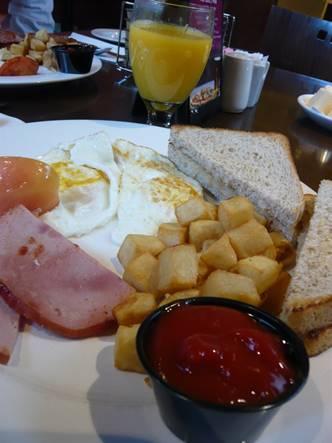 延泊の朝食